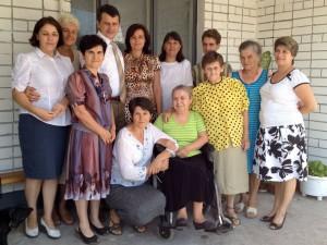 Часть сотрудников и отдыхающих санатория