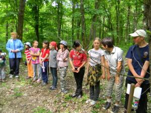 Следопыты в лесу