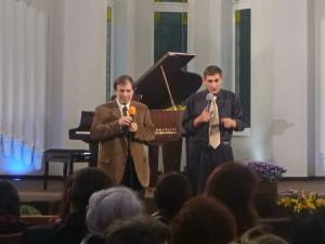 Иван Ситера, переводит пастор Сергей Чалов