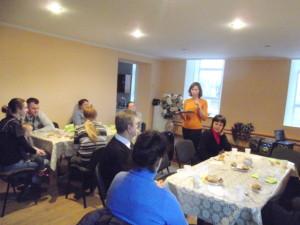 Семейный вечер для переселенцев, тренинг по позитивному мышлению