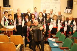Пастор Брюно с хористами