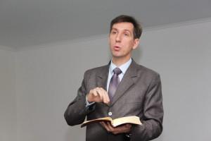 Пастор Петр Попелишко