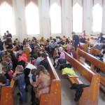 В зале духовного центра