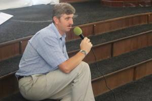 Пастор Столяренко (дядя Сережа)