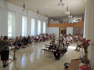 Зал церкви города Апостолово