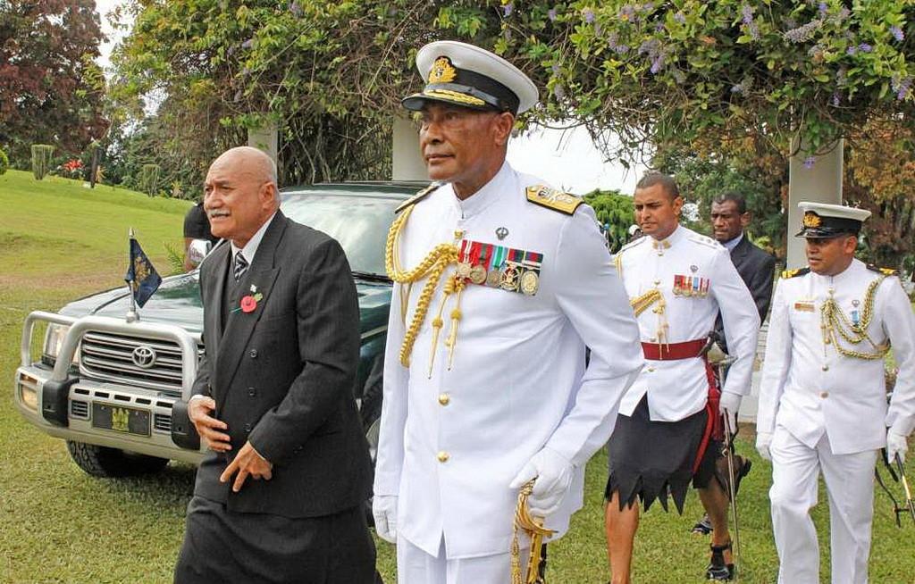Президент Джайоджи Коноузи Конроут, прибывший для церемонии инаугурации.