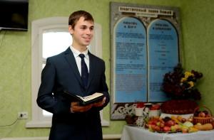 Проповедует Борис Розумный