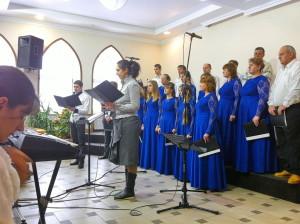Выступает Харьковский областной хор