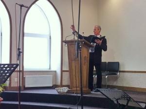 Проповедует пастор Дмитрий Требушков
