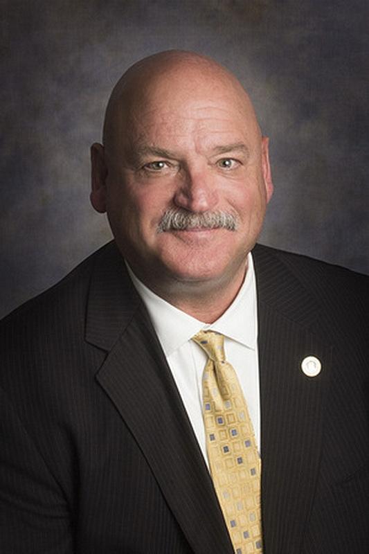 Майк Спайсер, начальник службы безопасности Adventist Health's Central Valley Network. (Отчет)