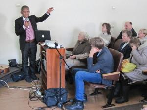 Во время проповеди Брюно Дарани