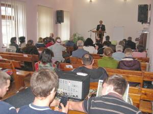 В семинаре участвовало много членов церкви