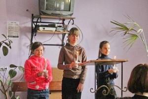 Детская сценка со свечами