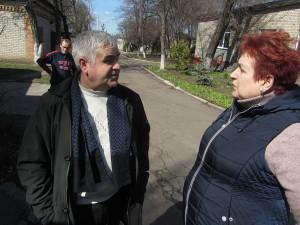 Ярослав Гунько беседут с сотрудниками