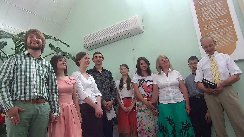Большая пасторская семья Требушковых