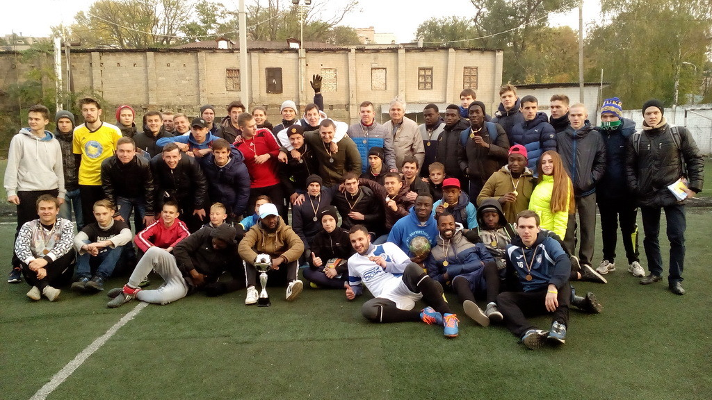 Участники футбольного турнира