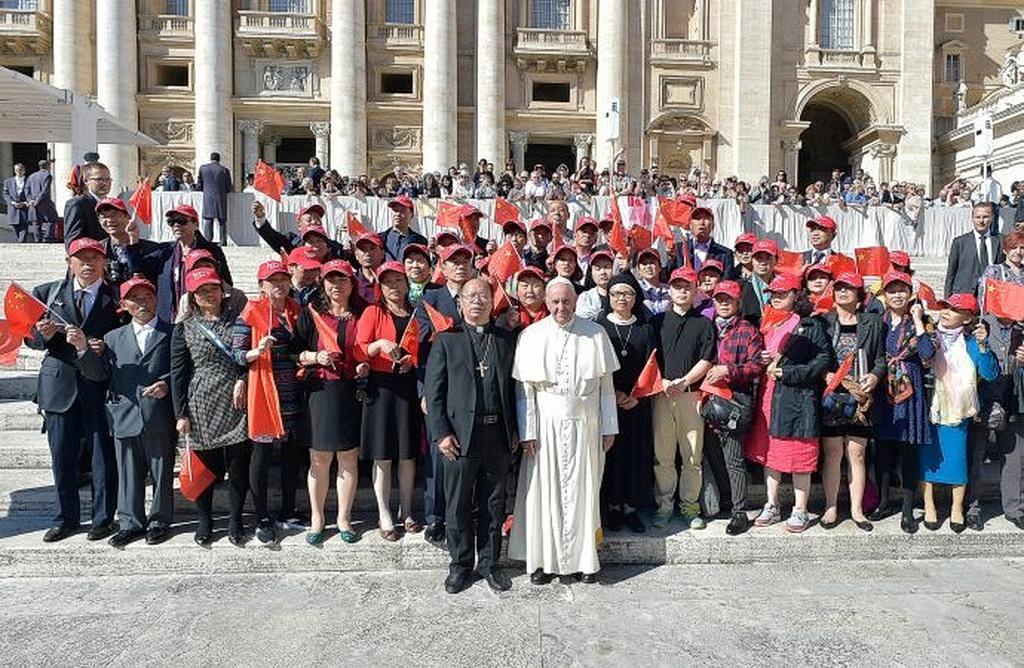 Китай выразил готовность к конструктивному диалогу с Ватиканом