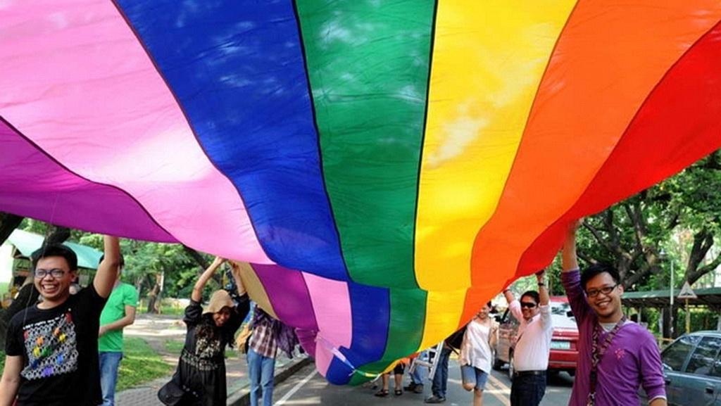 Церкви венчавшие гомосексуалистов