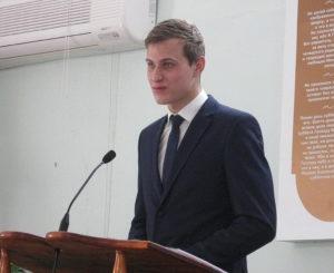 Говорит Андрей Столяренко