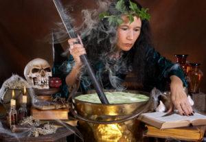 В Госдуму внесут законопроект о легализации деятельности колдунов и магов