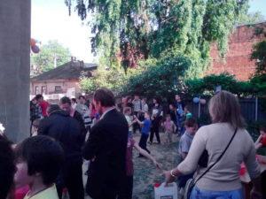 Программа проходила во дворе церкви