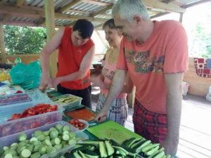 Харьковские адвентисты отдохнули на природе с общественной организацией многодетных семей