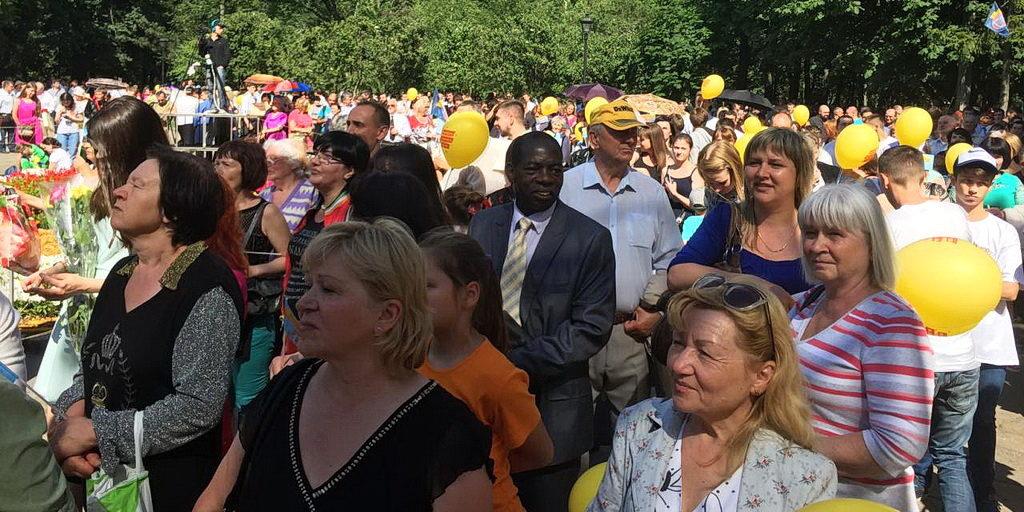 В Харькове прошла акция «Молодежь за семейные ценности»