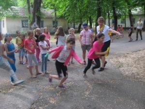 Слідопити конференції провели у Нікополі табір для дітей з різних церков