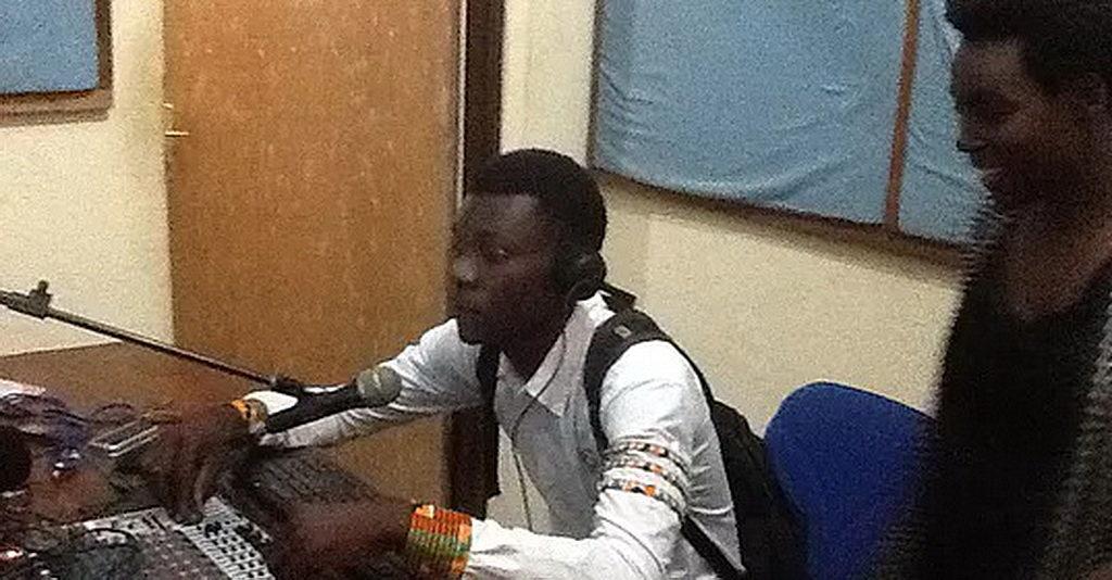 Иджви Рай'инзамба Йиерезо - Голос последней трубы — радиопередача из адвентистской церкви в Бурунди на языке Кирунди стала глобальной и теперь имеет слушателей на нескольких континентах. [Фото: Центрально-Восточноафриканский дивизион]