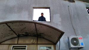 Павел Вистратенко в своей бывшей квартире