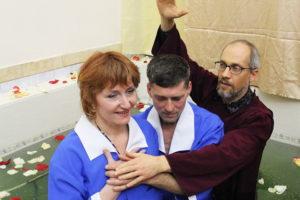 В Днепре были крещены 12 человек
