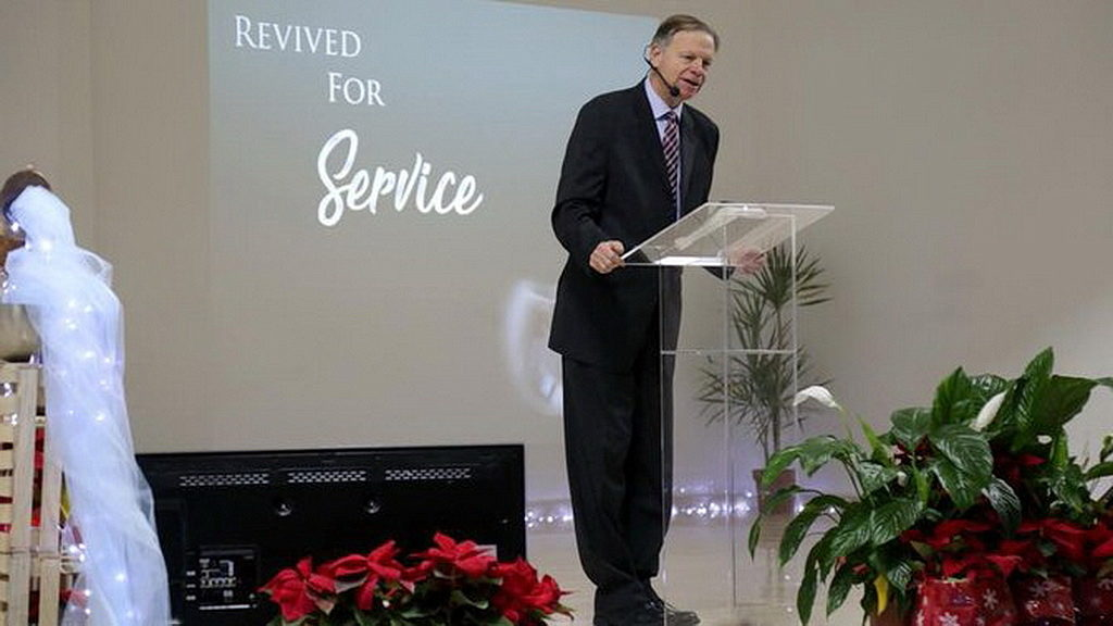 В Ливане Марк Финли проповедует Христа, основной путь для духовного возрождения