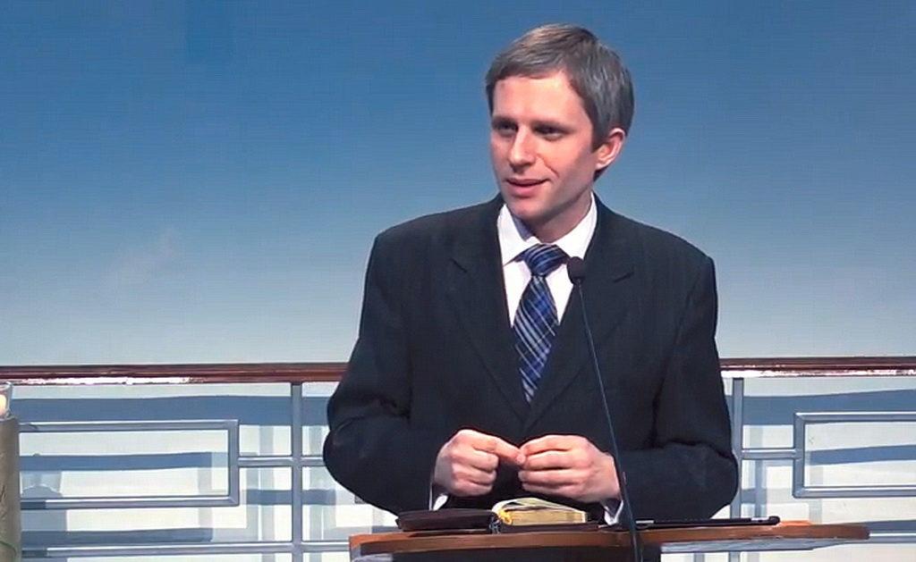 Максим Крупский: Не все готовы к молодежным инициативам, в том числе в молитвенном служении