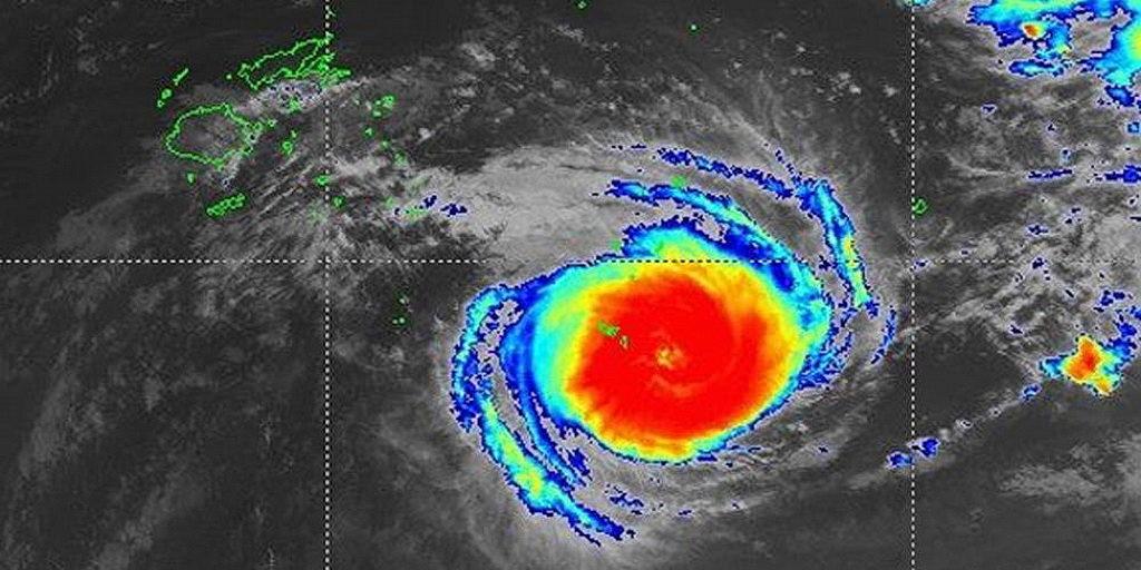 Адвентистские церкви и школы были разрушены, когда тропический циклон достиг Тонга