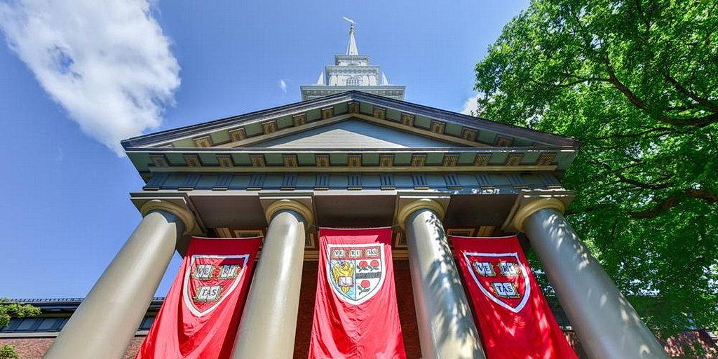 Студенты вдвентисты и исследователь избраны для представления в Гарвардском университете