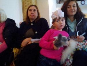 Дети поздравляли мам на служении в Обуховке