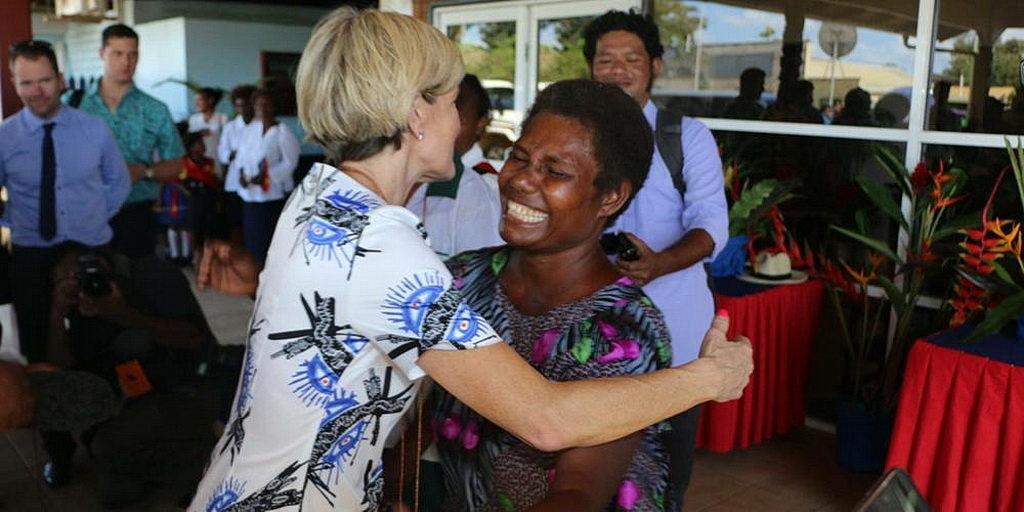 Австралийский министр запускает адвентистский проект в Папуа-Новой Гвинее