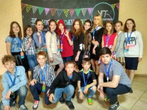 На территории УГИ ученики соревновались в знании школьных предметов