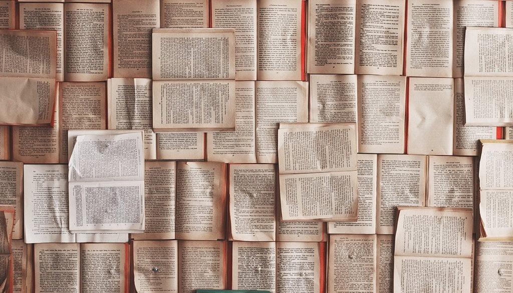 Библия попала в список необязательных к прочтению книг