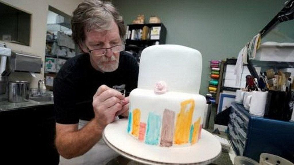 У США виправдали кондитера, який не хотів готувати весільний торт для геїв