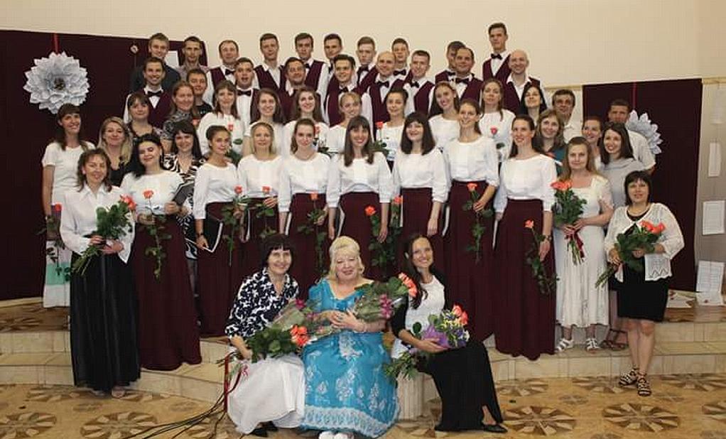 Молодежный хор «Адвентус» провел юбилейный концерт