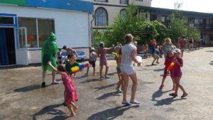 Более 280 человек совершили путешествие в семейном лагере «Femily круиз»