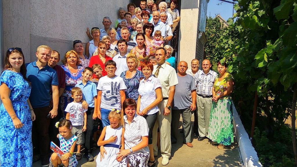 Юрий Сайко представлен на служение в церкви города Покров