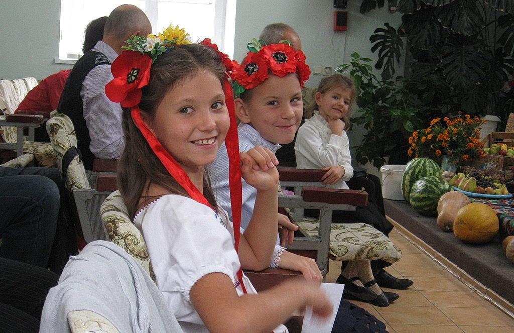 Дети на празднике жатвы