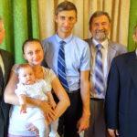 Фото со служителями