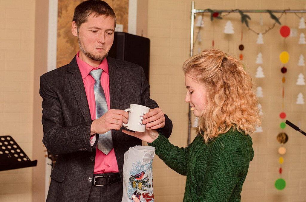 Харьковская молодежь искала библейское основание новогодних праздников