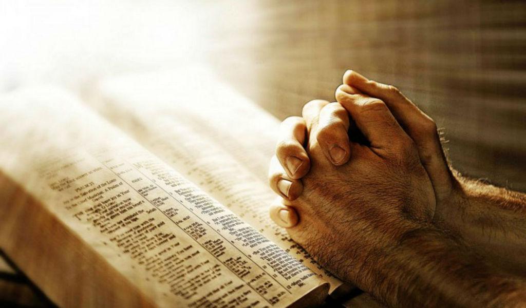 Должны ли мы только молиться и избегать химиотерапии и других современных медицинских методов лечения?