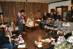 Друзья адвентистов собрались вместе в Запорожье перед новым годом