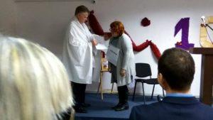 Сценка глухих исполнителей. Слева - пресвитер Вячеслав Манякин