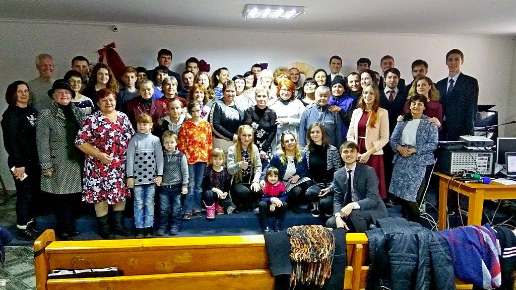 Девятая Криворожская община отпраздновала первые десять лет жизни с Богом